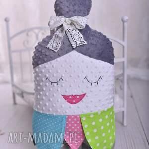 wyjątkowe maskotki poduszka-dla-babci poduszka dziecięca babuszka