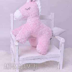 maskotki poduszka koń przytulanka dziecięca stojący