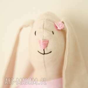 beżowe maskotki dziewczynka słodka różowa królisia - zosia