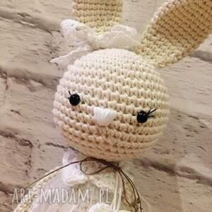 baby girl maskotki szydełkowa królisia nela