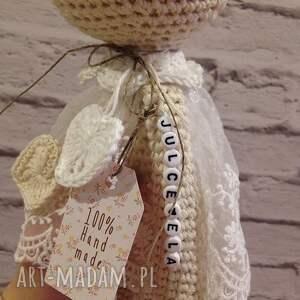 maskotki: Szydełkowa Królisia Nela w koronkowej sukience baby shower