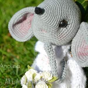 białe maskotki szydełko szydełkowa maskotka - myszka zosia