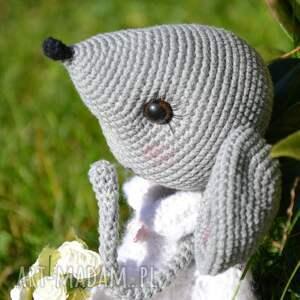 szydełko maskotki szydełkowa maskotka - myszka zosia