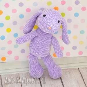 maskotki szydełkowy fioletowy króliczek