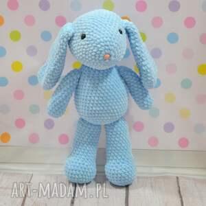 maskotki błękitny szydełkowy mały króliczek