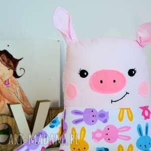różowe maskotki maskotka poznajcie wesołą świnkę o imieniu basia uszyta