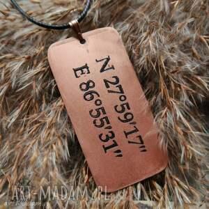 handmade męska mount wisior z trawionej miedzi -