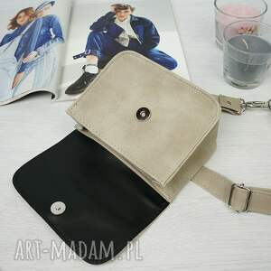 frapujące mini kopertówka manzana torebka elegancka