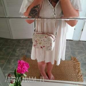 Zapetlona Nitka mała torebeczka box - romantycznatorebka botaniczna