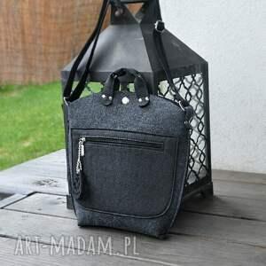 Mała torebka filcowa - grafitowy filc z czarną kieszonką