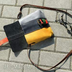 torebeczka mała zgrabna torebka mini