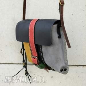 mini torebeczka mała zgrabna torebka