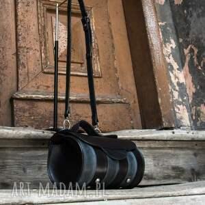 czarne mini torebka z-kieszenią oryginalna mała przestronna