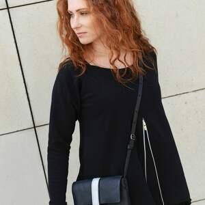 czarne mini mała torebka prosta efektowna czarna