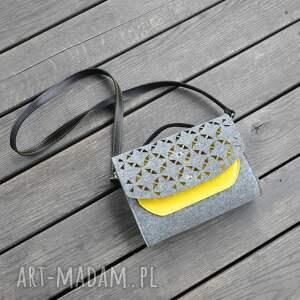 mini mała torebka filcowa - żółta kieszonka -