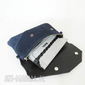 damaska mini torebka zamszowa granatowa