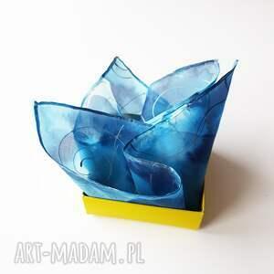 niebieskie muchy i muszki poszetka malowana - niebieskości