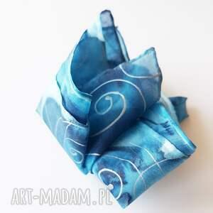malowana-poszewka muchy i muszki malowana poszetka - niebieskości