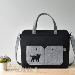 laptop elegancka czarna filcowa torebka