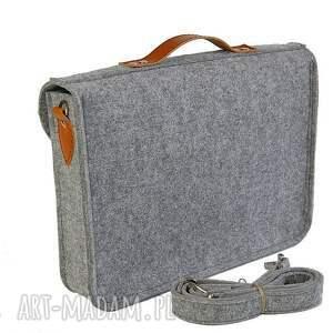 Etoi design Filcowa torba na laptop 15 - personalizowana - grawerowana dedykacja
