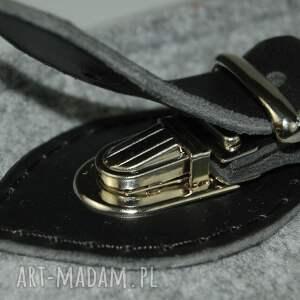 czarne na laptopa torba filcowa - personalizowana