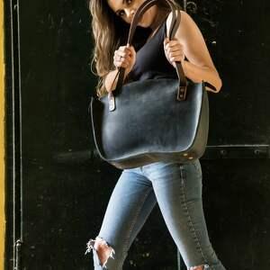 niebieskie torba do pracy piękna w kolorze granatowym