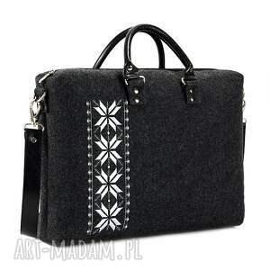 modne na laptopa modna torba filcowa romby srebrne
