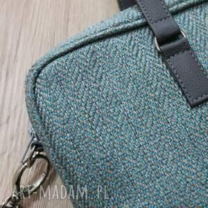 pomysły na prezenty na święta elegancka torba na laptop - tkanina w jodełkę