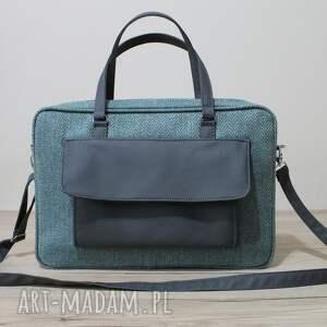 pomysł na świąteczne prezenty elegancka torba na laptop wykonana z tkaniny
