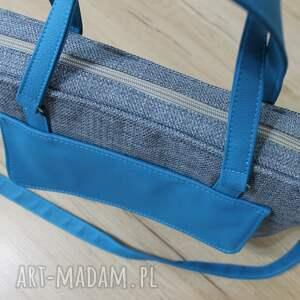 pomysł na świąteczne prezenty niebieskie torba na laptop - niebieska