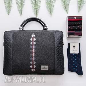 pikowana czarne torba na laptopa romby 452