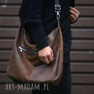 damska na ramię brązowa torba w kształcie worka