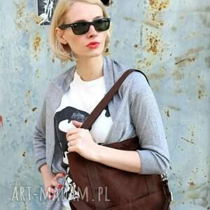 brązowa-zamszowa na ramię brunatna prostokątna torba a4