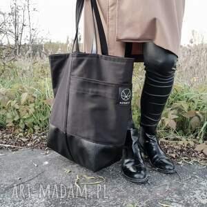 torba pojemna na ramię czarna duża na zamek