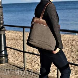 World of Barracuda na ramię: Duża szarobrązowa torba na zamek - Hand Made