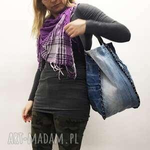 jeans na ramię duża torba upcykling 22