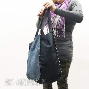 upcykling jeans na ramię duża torba 24 levi