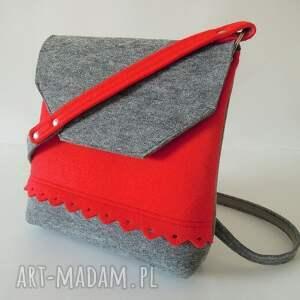 awangardowe na ramię torebeczka filcowa torebka z falbanką