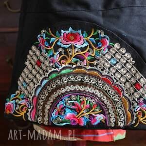 Ruda Klara na ramię: haft