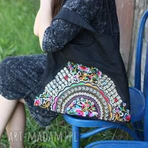 na ramię torba hmong, dymanicznie, kolorowo