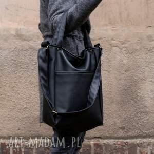 na ramię torebka iks pocket czerń vegan