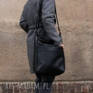 unikatowe na ramię torba iks pocket czerń gładki