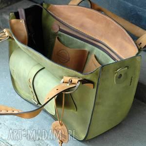 kuferek damski ręcznie wykonany z wysokiej jakości naturalnej skóry limonkowy damska torba
