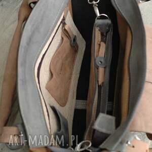 na ramię: kuferek szary i jasno brązowy idealna torba na co dzień z pięknej naturalnej naturalna skóra