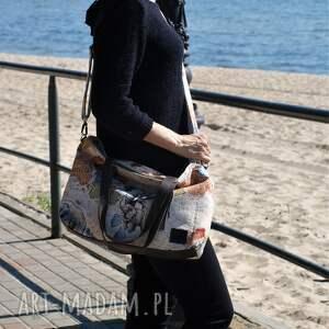 torba na ramię na lekka i poręczna z wzorem