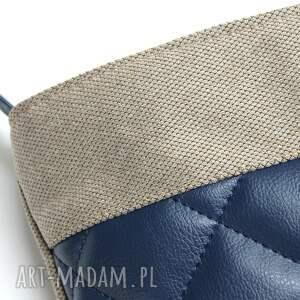pomysł na prezent elegancka listonoszka pikowana - tkanina