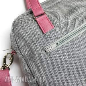 prezent torebka wykonana z wysokiej jakości tkaniny
