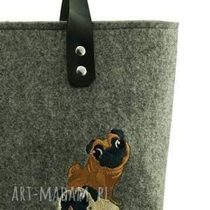 motywyzwierzęce na ramię beżowe mopsia wieża