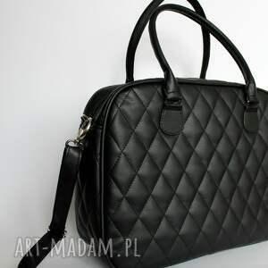 a10d3faa57347 pikowany kuferek weekend czarny - torebki niezwykle