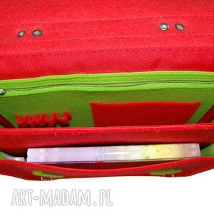 czerwone na ramię filcowa plecak i torba w jednym.